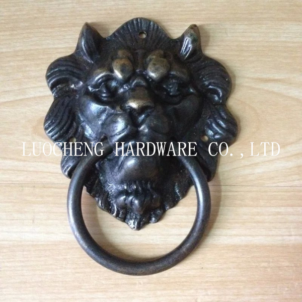 2pcs / LOT Free Shipping 88MM LION SHAPE BRASS DOOR HANDLE DOOR Pull Hardware Furniture Pulls ON CHROME BRASS BASE