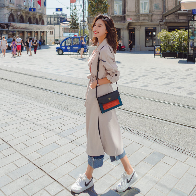 Long Spring And Autumn New Style/Temperament Outerwear In Fashion Leisure Windswear