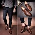 Un pequeño de cuero zapatos de los hombres zapatos casuales zapatos Coreanos club juvenil Inglaterra personalidad zapatos tallados zapatos estilista