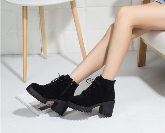 Lace-up thick ankle boots female 2018 Korean version of the new winter plus velvet warm British thin women's boots 1