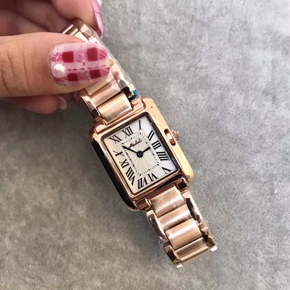 Classic Neutral Designer Women Watches Vintage Square Steel Wristwatch Roman Number Lady Dress Watch Relogio Montre Femme W109