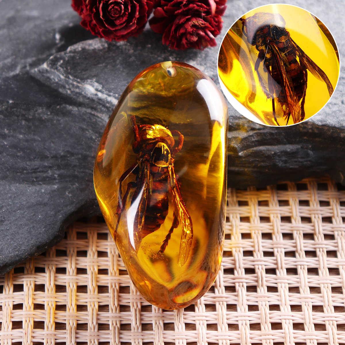 Fashion Natural Wasp Insect Stone Amber Pendant Necklace Sweater Decorations for DIY Jewellery Pendant Crafts Home Decor