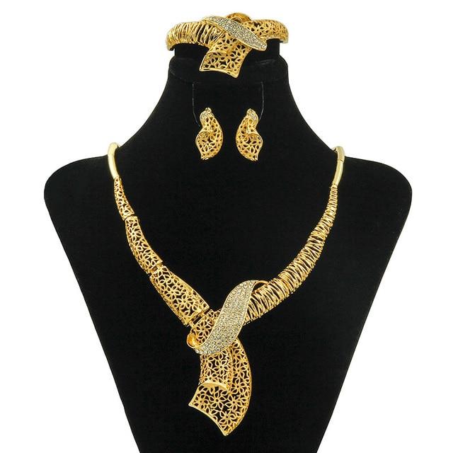 b8136eeba544f ييوو cz الإيطالية السيدات تصميم طويلة الكريستال قلادة المجوهرات مجموعة دبي  موضة الذهب الاكسسوارات زفاف العروس