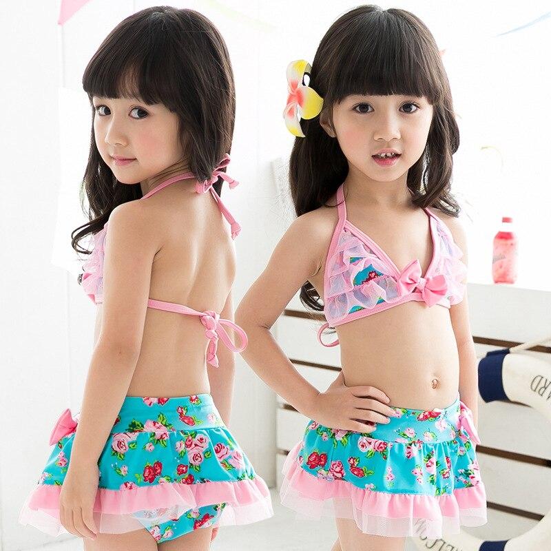 2017 New Arrival Girls Swimsuit Lace Flower Split Swimwear