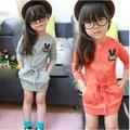 China roupas meninas vestido ocasional rabit Coelho bolso manga comprida da queda do outono vestidos de roupas de varejo barato 3 4 5 6 7 8 anos de idade