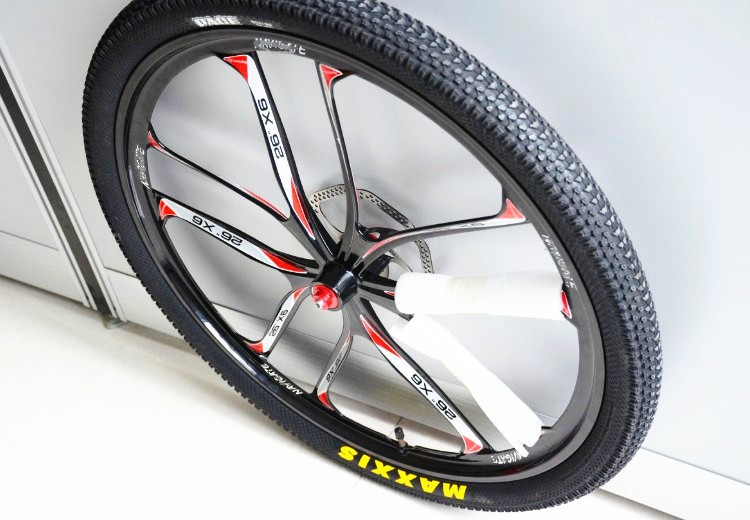 Magnesium alloy 26-inch mountain bike wheels TB2RvX4aFXXXXbgXXXXXXXXXXXX-2247774730