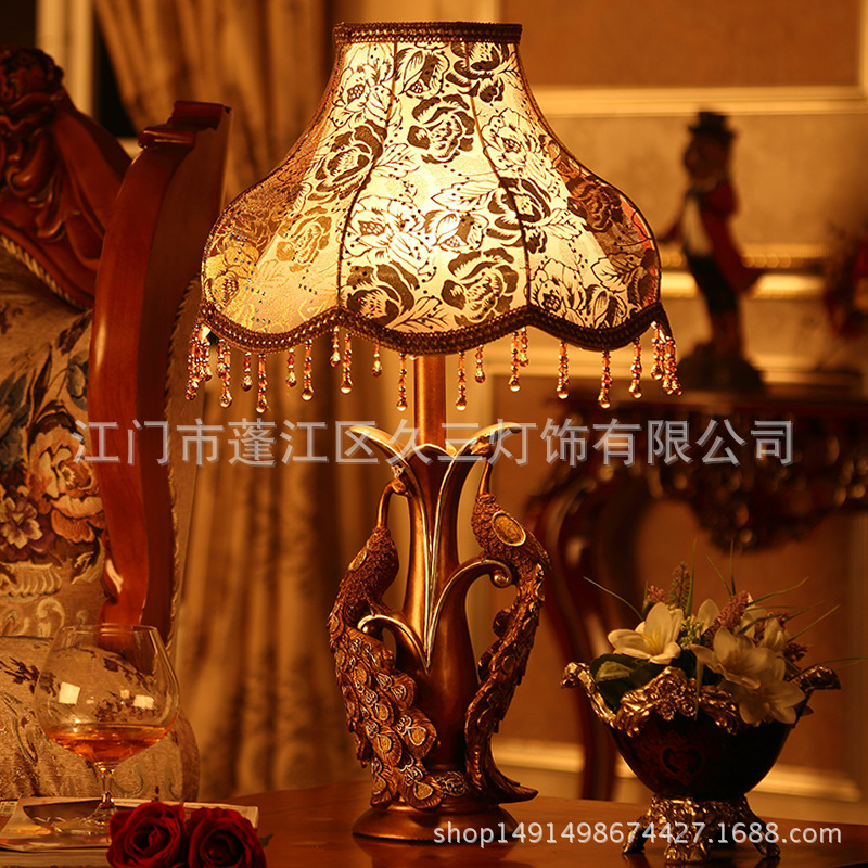 TUDA European Creative Double Peacock Statues Resin Table Lamp for Living Room Table Lamp for Bedroom Bedside 220v for E27 BulbsTUDA European Creative Double Peacock Statues Resin Table Lamp for Living Room Table Lamp for Bedroom Bedside 220v for E27 Bulbs