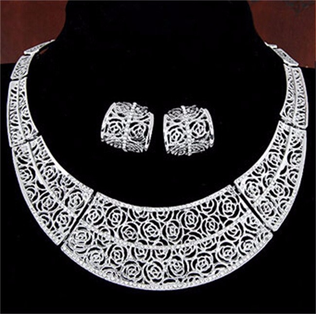 Filigree and Crystal Choker and Earrings Set