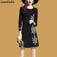 2018 New Women Spring Vintage Embroidery Dress Female Elegant Black Embroidery Flower Dress Round Collar Bodycon