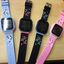 2017 New Hot Camera Children Smart GPS Watch Kids Touch Screen Wrist Watch Pedometer Smart Watch GPS Gift for Kid Multi-language