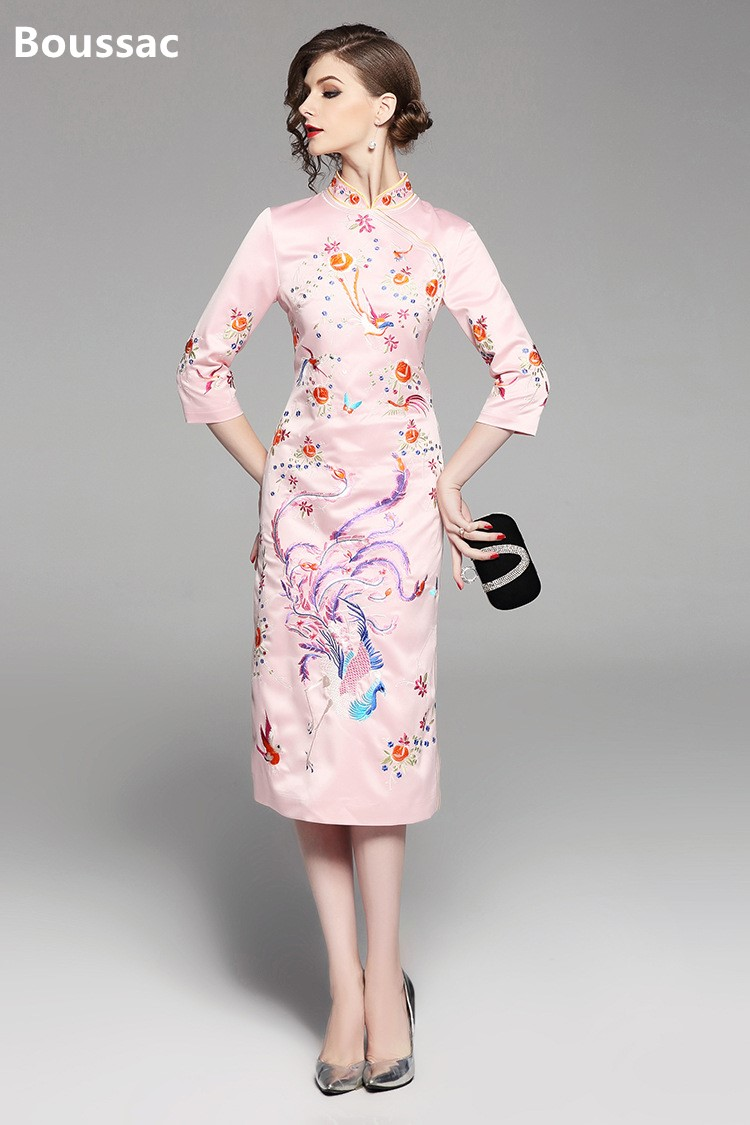 Free shipping Spring original Chinese style flower birds Embroidered big size Improved Cheongsam slim dress for women