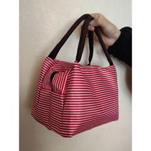 SALE SALE 2019 new fashion lunch box lunch bag hand carry ladies package Oxford cloth waterproof canvas bag sale bag