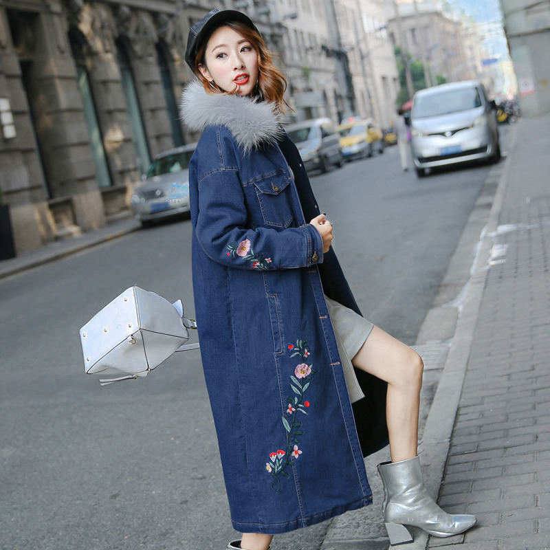 X-long Women Winter New True Raccoon Fur Collar Denim Coat Ladies Embroidered Flowers Warm Thickened Long Padded Parkas Students 2017 winter new clothes to overcome the coat of women in the long reed rabbit hair fur fur coat fox raccoon fur collar