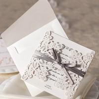 Boda de la mariposa del papel láser corte 10 unids/lote blanco en relieve flor de la cinta invitación de la boda Día de San Valentín carta de amor