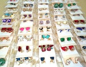 Image 5 - Hurtownia 60 par różne moda damska biżuteria piękne kolczyki z kryształem stadniny kolczyki Mix style