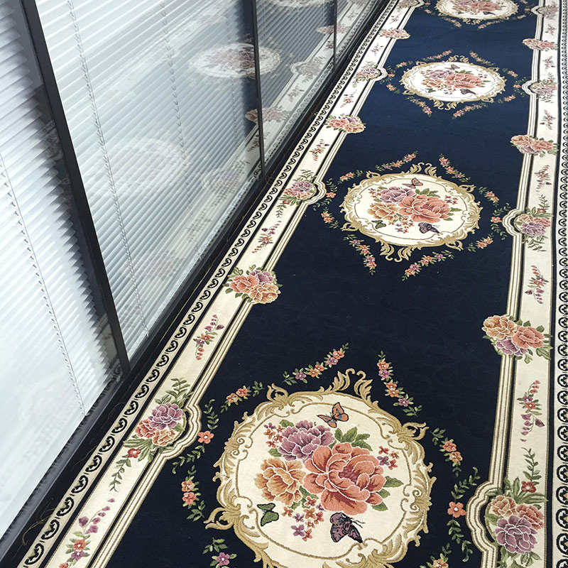 tapis long sur mesure pour couloir allee d entree cuisine hotel mariage chevet de chambre a coucher