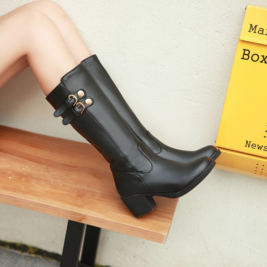 ФОТО Large size women boots 2017 autumn spring boots buckle horse riding thick heel boots knee high gladiator heels women long boots
