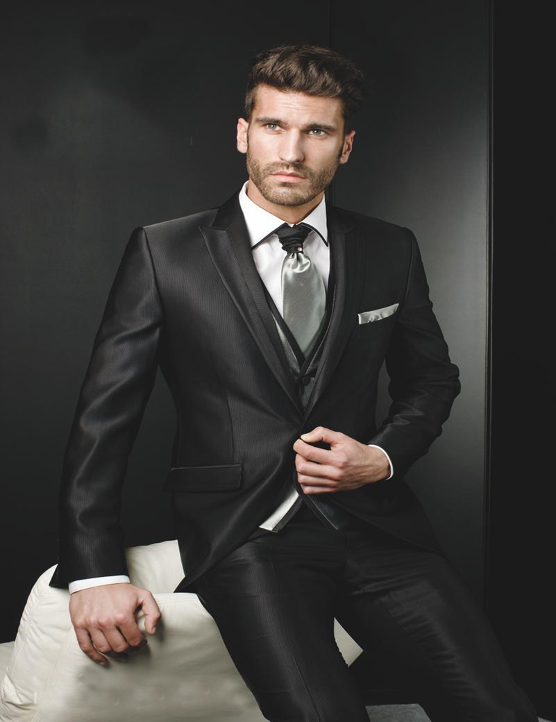 black single men in arabi Arabic weddings have changed greatly in the past 100 years original traditional  arabic  in this exchange, the men on the groom's side make sure that the  bride's family is satisfied with the party male family  black lounge suit black tie.