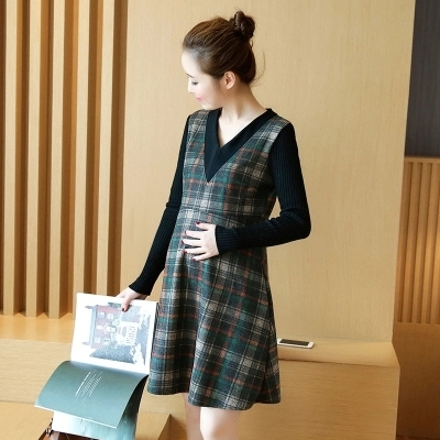 2017 autumn and winter maternity Korean fashion Burberry wool stitching long false two piece dress