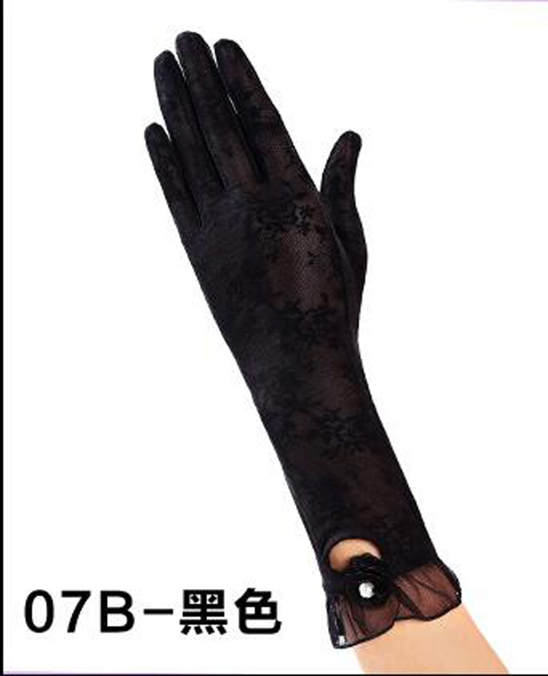 HTB1bCTJRFXXXXcxXXXXq6xXFXXXj - Sexy Summer Women UV Sunscreen Short Sun Female Gloves Fashion Ice Silk Lace Driving Of Thin Touch Screen Lady Gloves G02E