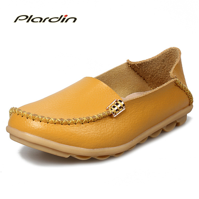 2017 Summer Candy Colors Genuine Leather Women Casual Shoes Fashion Breathable Slip-on Peas Massage Metal Decoration Flat Shoes