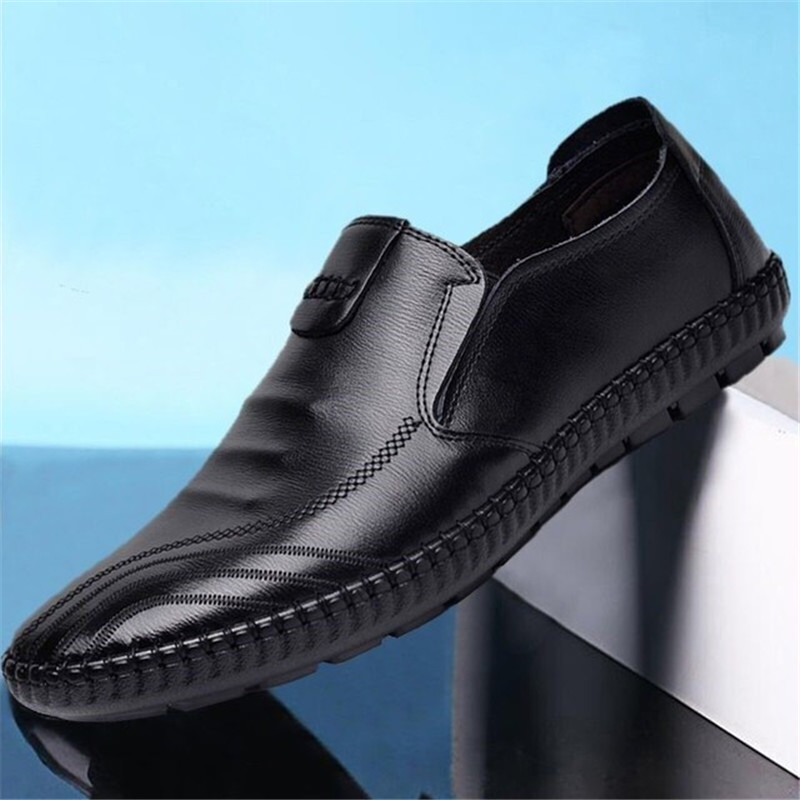 Italian Mens Shoes Casual Luxury Brand Summer Men Loafers  Leather Moccasins Light Breathable Slip On Men Moccasins Sneaker 2019