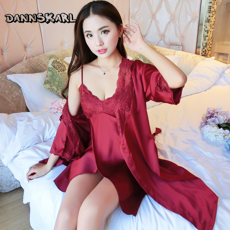 DANNSKARL Ladies Silk Satin Bathrobe & Night Gowns Two Pieces Sexy Robe Gown Set Lace Bath Robe Set Sleepwear Nightwear Homewear