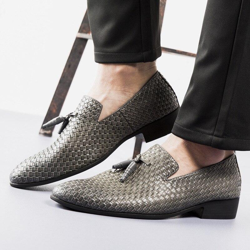 499de8b5f6436 2018 Luxury Men's Knit Shoes Fashion Cross-country Driving Shoes Men ...