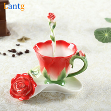 3D Rose Del Esmalte Taza de Café Té Taza de Leche Establecido Con la cuchara y el Plato Creativo Europeo de Cerámica de Porcelana Drinkware Matrimonio regalo