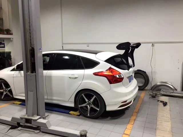 Racing Style Carbon Fiber Gt Wing Rear Spoiler For Ford Focus St Hatchback Golf Scirocco Gtii