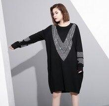 [EAM] 2017 sonbahar kış yuvarlak boyun uzun kollu katı renk siyah diamoned gevşek büyük boy elbise kadın moda gelgit JC33201