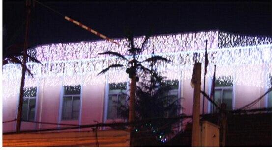 Freies Verschiffen 12 Mt Droop 1 Mt Eiszapfen String Licht Weihnachten Hochzeit Xmas Party Dekoration Schneien Vorhang Licht Und Schwanz Stecker Modernes Design