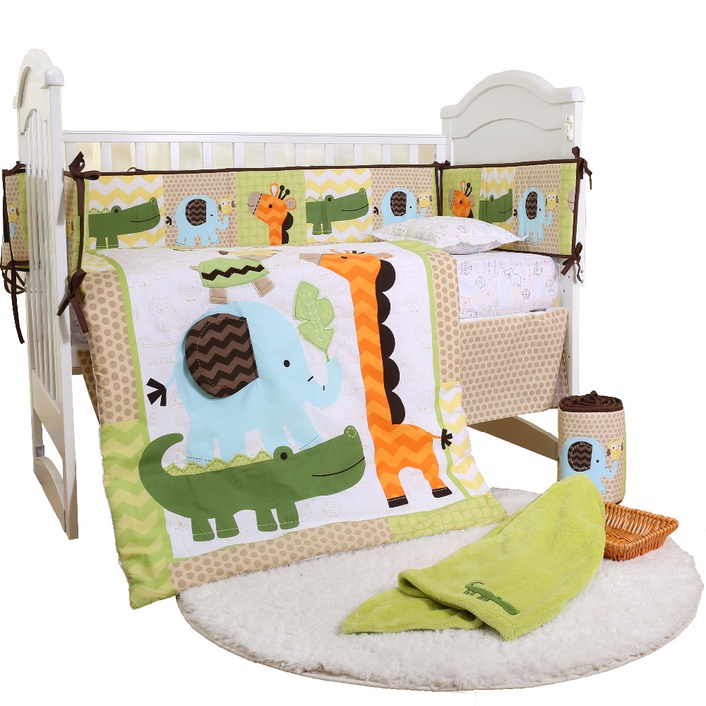 Competitive Price Embroidery 4 Piece Baby Bedding Set