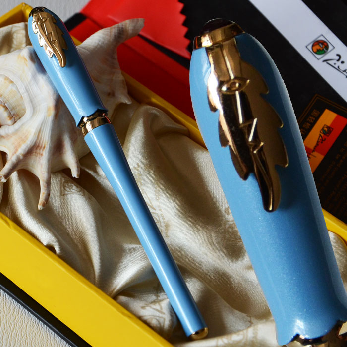 PICASSO 986 LIGHT BLUE AND GOLDEN FINE HOODED NIB FOUNTAIN PEN LEAF with original box picasso 966 red fountain pen hooded fine nib shimmering sands with original box