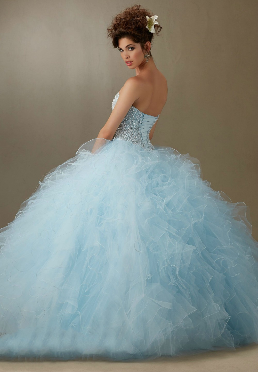 3a83efa82df Elegant Quinceanera Dresses Light Blue Pink Organza Ball Gown Custom Made  Beade Crystal Ruffles Vestidos De 15 Anos Q1032-in Quinceanera Dresses from  ...