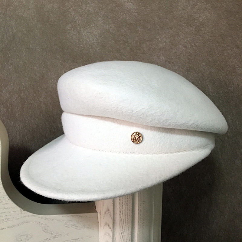 18 fashion show caps For Women New Fashion Caps Female Casquette Octagonal Cap casual berets hat White wool embellished hat 2