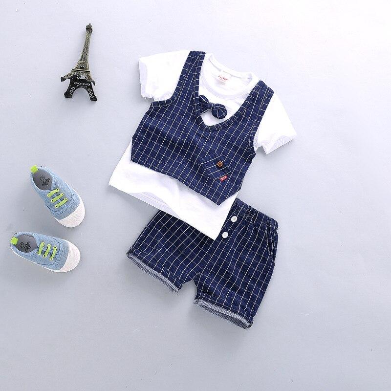 אופנתי ונאה קוריאני גרסה של קצר שרוולים עבור צעירים רבותיי בני עגול צווארון פעוט ילד בגדים