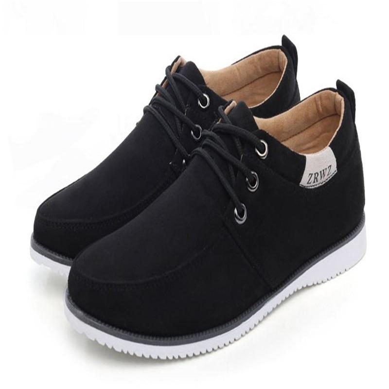 d8ec2241 Hombre Pisos de Cuero Suave Zapatos Casuales Zapatos de Gamuza Color Sólido  de Los Hombres Low Top Zapatos Planos Calzado Masculino Mocasines Zapatos  Hombre ...