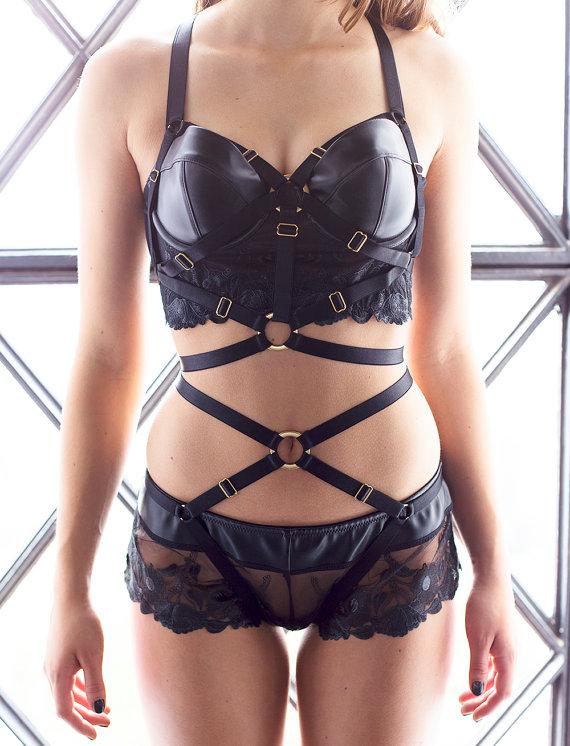 Dámské tělo postroje klec podprsenka sexy spodní prádlo spandex harajuku pastel gotický otroctví úvazek pás podprsenku a černé gotické podvazky