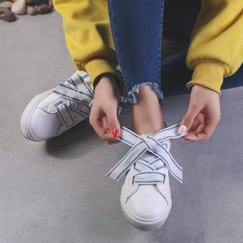 Little White Shoes 2018 New Brand Of Canvas Shoes, Street, Strawberry Plate Shoes fashion Women Shoes lovely6.15