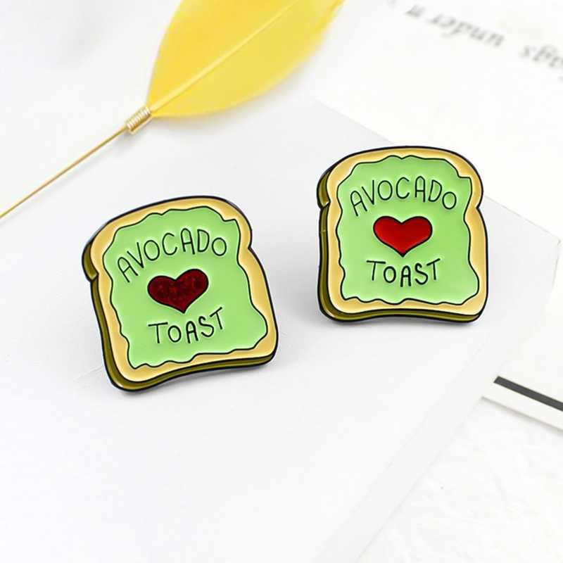 Europa En De Verenigde Staten Cartoon Voeding Avocado Toast Liefde Ontbijt Brood Drop Olie Broche T-shirt Revers Hoed Naald
