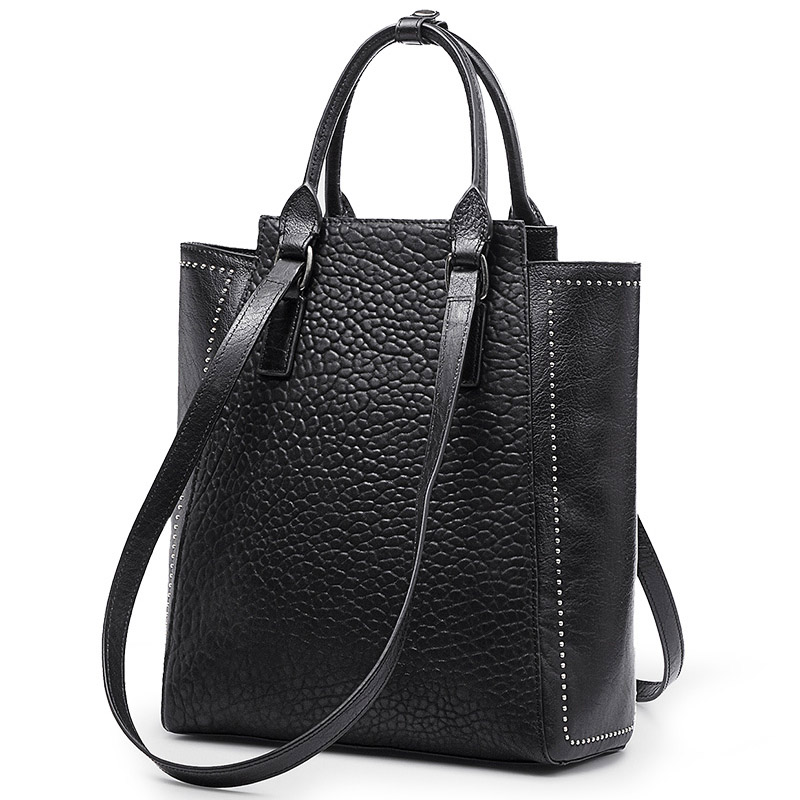 Luxurious handbags women bags designer with unique personality Stylish high-end twills Genuine Leather duffle bag stylish and luxurious oval crossbody bags for women soft lychee calfskin with unique locks decorated women messenger bags