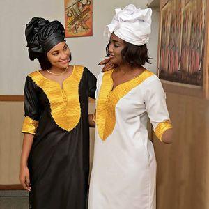Image 1 - アフリカ女性のための Dashiki 刺繍白バザンドレスプラスサイズの女性服アフリカローブ africaine マキシドレス 3xl 4XL