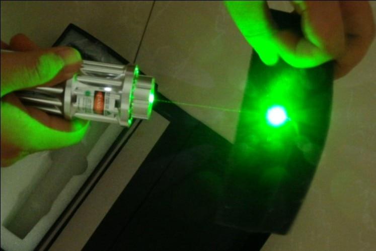 High Power Military 500000mW 500W 532nm Green Laser Pointer Flashlight Focus Burning Match,Burn Cigarettes,Pop Balloon+gift box какую модель автомобиля можно купить за 500000