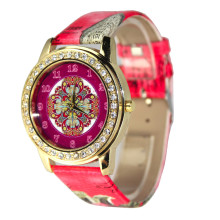 Sparkling Diamond Flower Personalized leather band quartz Women's watch many styles sea Amoy Vogue Wristwatches