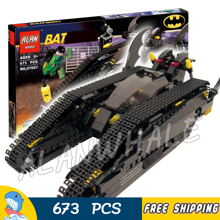 673Pcs Super Heroes Batman Movie Bat Tank The Riddler and Banes Hideout 07067 Model Building Blocks Toys Compatible with lego