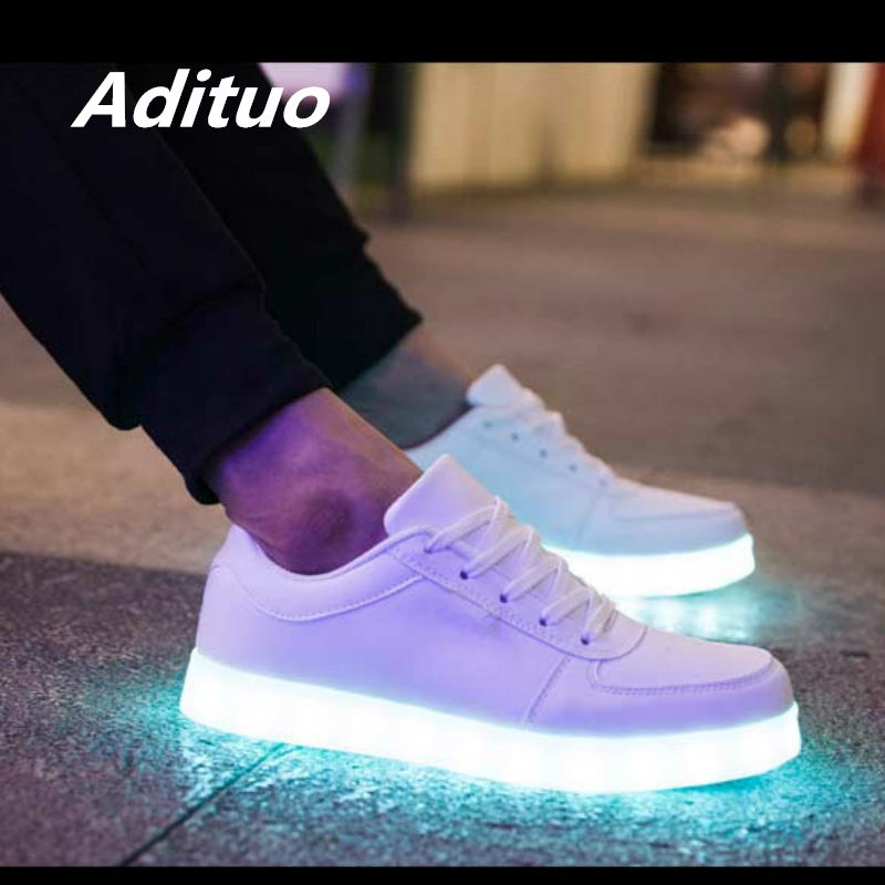 Spring Autumn Fashion Style Lover White Glowing Shoes Men Low-Top Led Shoes Adults Anti-Slip Luminous Sneakers With USB Charging