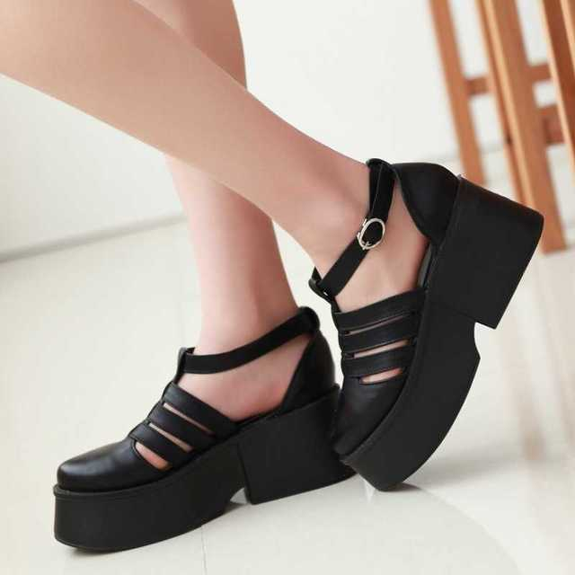 684dbdddf5a New Arrival Roma Style Buckle Strap Closed Toe Cover Heel Summer Med Heel  Platform Shoes Solid Gladiator Sandals For Women