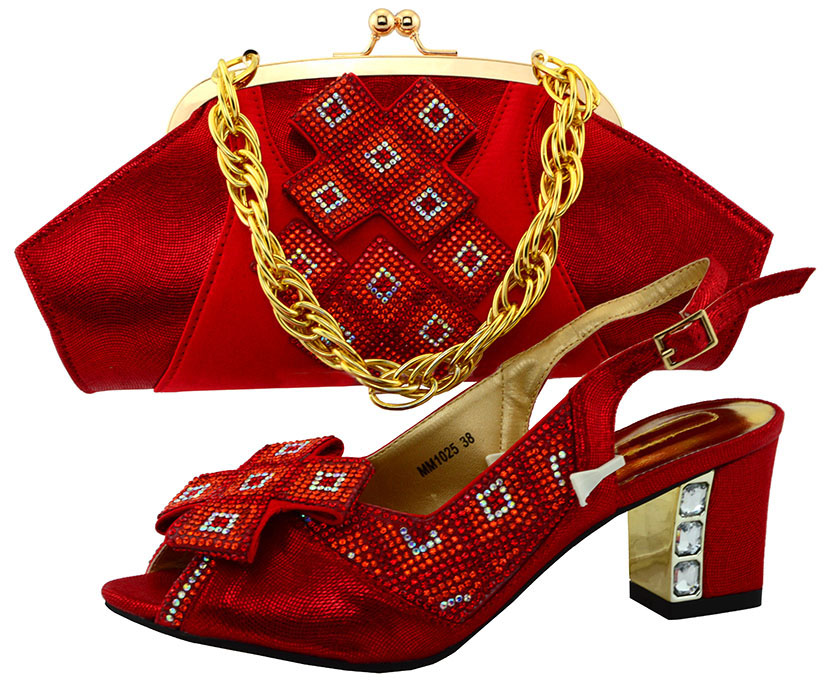 New Arrival Red Color Matching Italian Shoe and Bag Set Decorated with Appliques Nigerian Shoe and Bag for Women  MM1025
