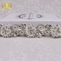(1 piece) Round Pearl Rhinestone Patches Clear Tear Drop Crystals Hair Accessories Sew On Glass Flower Appliques For Sashes Belt